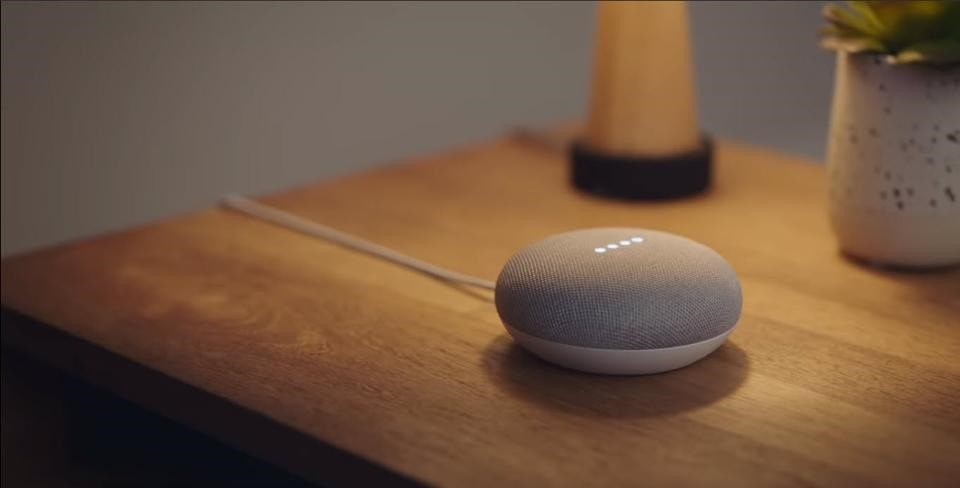 Google Nest Mini - Bluetooth Speaker