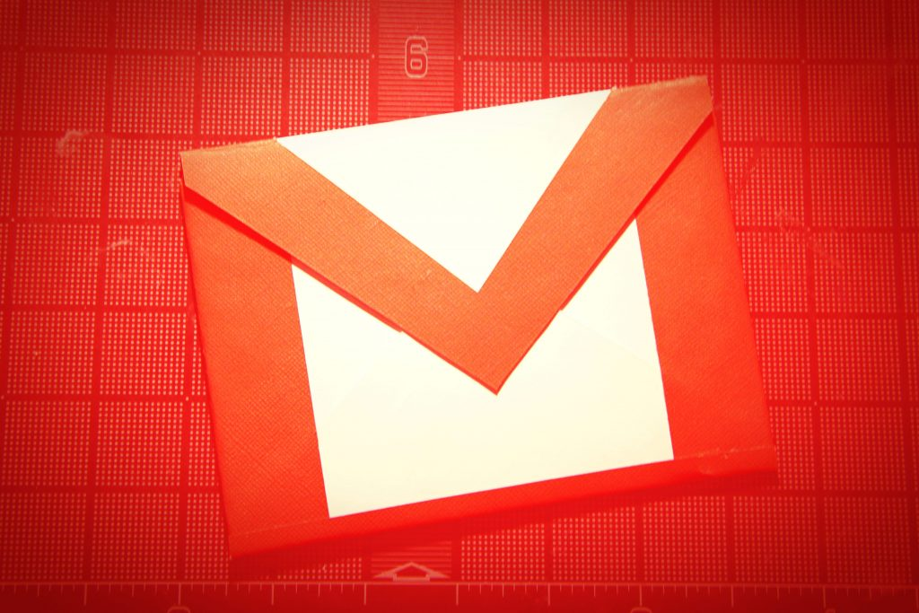 Viewing Gmail on the screen of your Desktop Version of Gmail on Monitor
